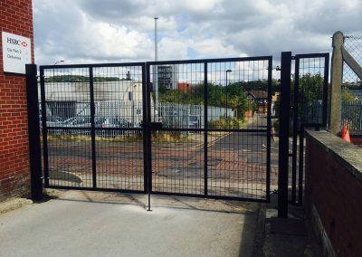 Jay-Tech Engineering Commercial Wire Gate Installation